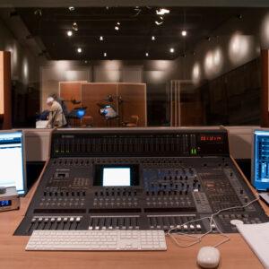LS1 in Studio Eleven 2