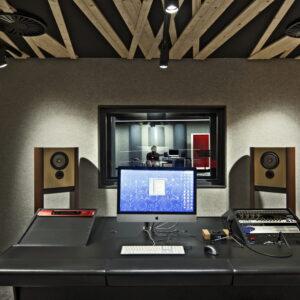 LS1 in music production studio HKU University of the Arts Utrecht 2